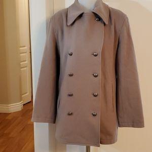 70% Wool Coat Sz Large 40.bust